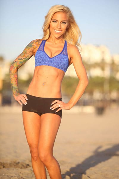 carissa-j-fitness-on-beach